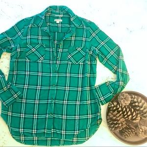 Green plaid button-up